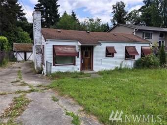 19054 18th Ave NE, Shoreline, WA 98155 (#1558264) :: Record Real Estate