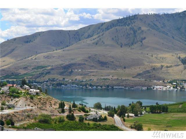 101 Crest Dr, Chelan, WA 98816 (#1559412) :: Record Real Estate
