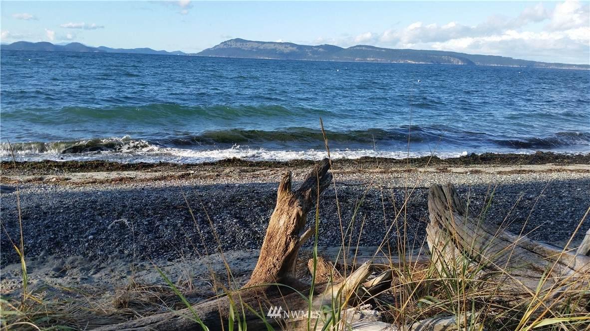 7 North Bay - Photo 1