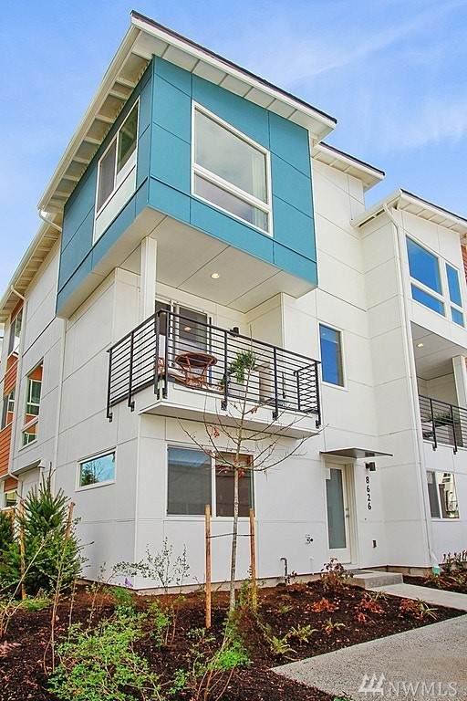 8601 21st Place NE, Seattle, WA 98115 (#1562973) :: Beach & Blvd Real Estate Group