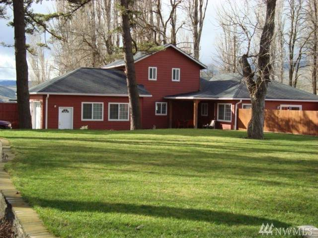107 Worthen St, Lyle, WA 98635 (#1563836) :: The Kendra Todd Group at Keller Williams