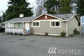 12012 2nd Place Sw, Seattle, WA 98146 (#1564960) :: Canterwood Real Estate Team