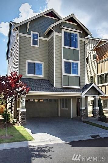 1206 100 Ct SE #11, Everett, WA 98208 (#1565730) :: Center Point Realty LLC