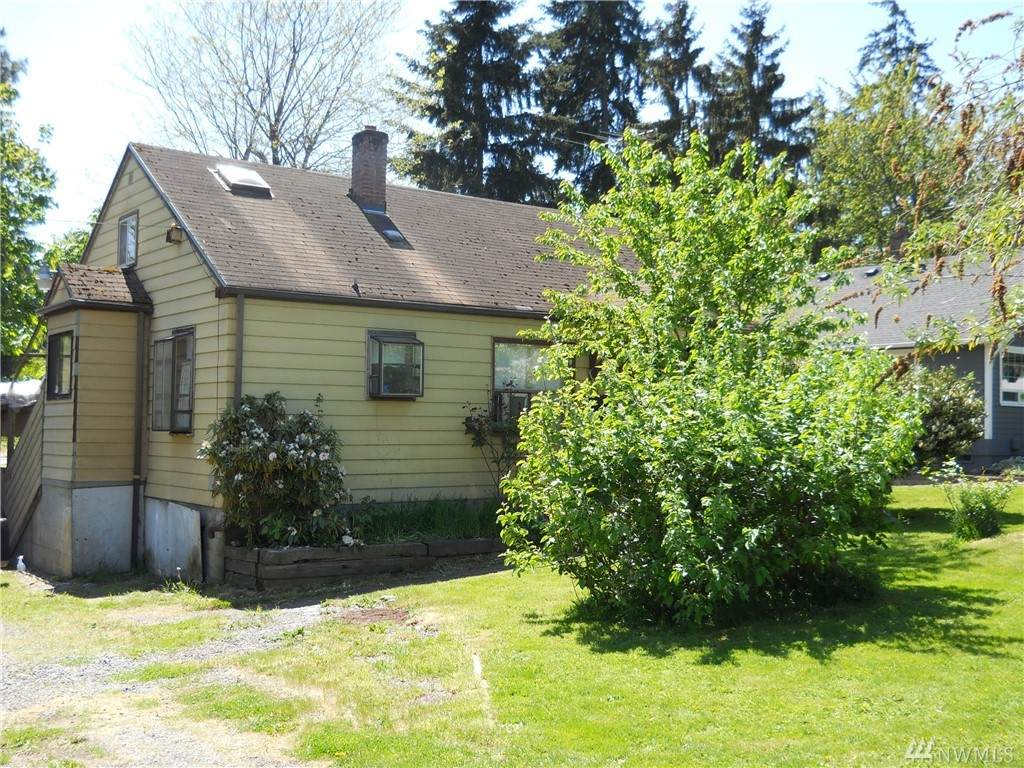 522 19th Ave Sw - Photo 1