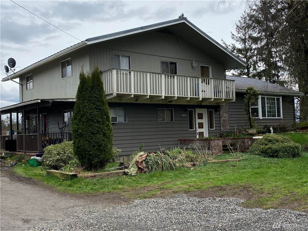 40520 180th Ave - Photo 1