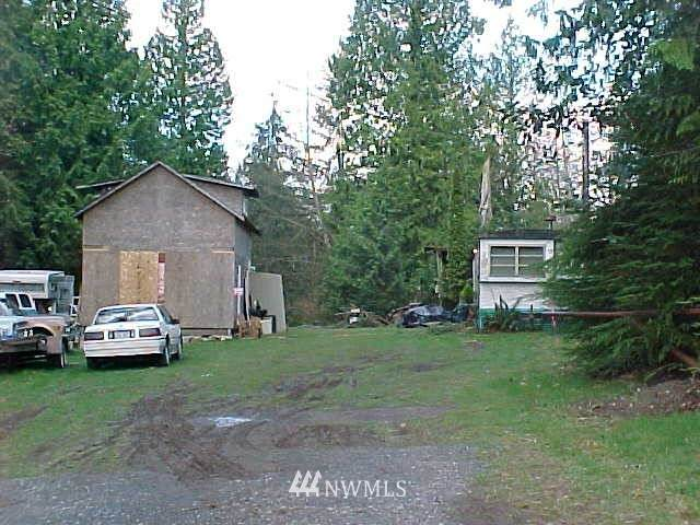 12411 76th Ave Nw, Marysville, WA 98271 (#1573694) :: Ben Kinney Real Estate Team