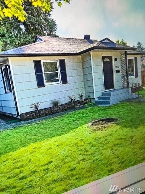8629 S Park Ave, Tacoma, WA 98444 (#1574516) :: Keller Williams Realty