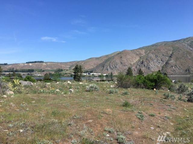 15013 Us Hwy 97A, Entiat, WA 98822 (#1575170) :: The Kendra Todd Group at Keller Williams