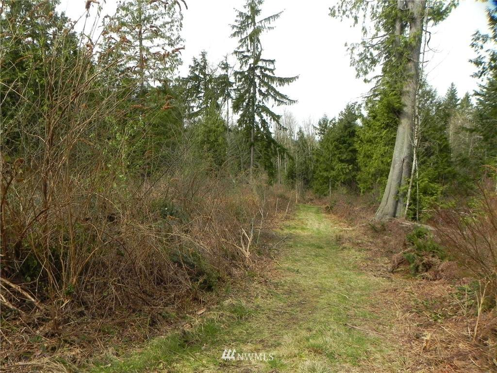https://bt-photos.global.ssl.fastly.net/nwmls/orig_boomver_1_1577952-1.jpg