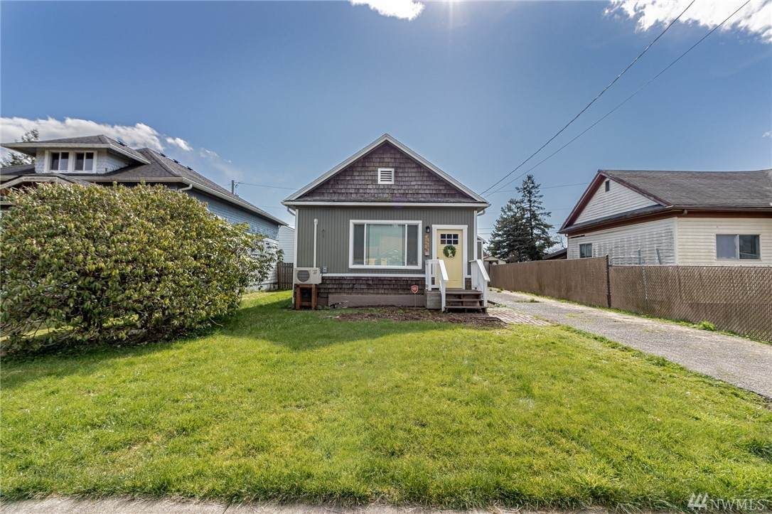 2836 Pacific Ave - Photo 1