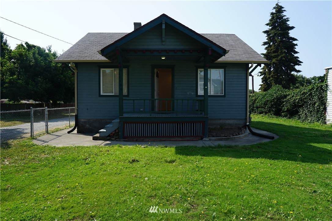 11106 Valley Avenue - Photo 1