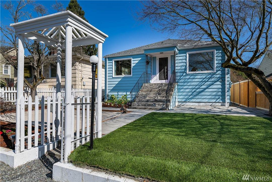 10336 Interlake Ave - Photo 1