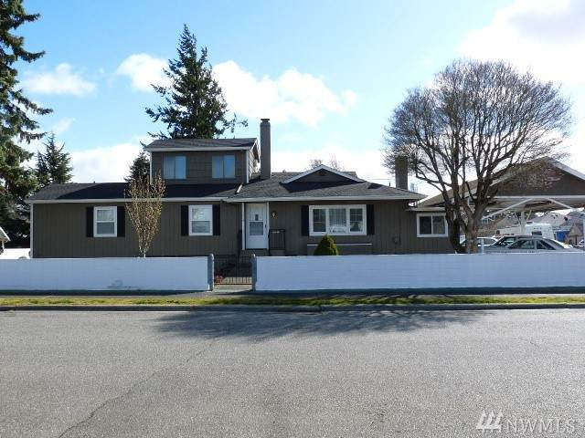 1014 Rainier Ave, Bremerton, WA 98312 (#1582787) :: Better Homes and Gardens Real Estate McKenzie Group