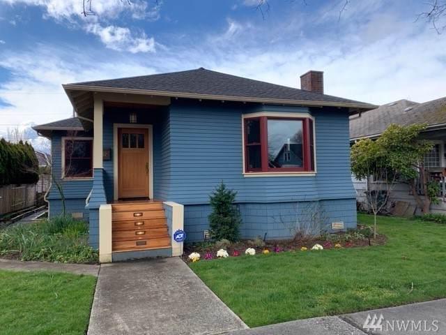 1526 Oakes Ave, Everett, WA 98201 (#1583443) :: The Kendra Todd Group at Keller Williams
