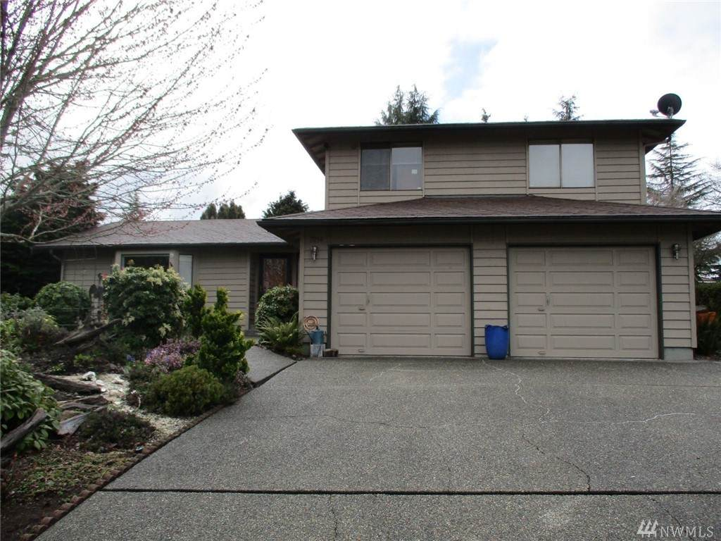 7214 100th Ave - Photo 1