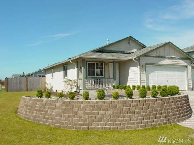 5611 101st Place NE, Marysville, WA 98270 (#1584528) :: TRI STAR Team | RE/MAX NW
