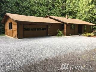 19522 Marine Dr, Stanwood, WA 98292 (#1584735) :: Real Estate Solutions Group
