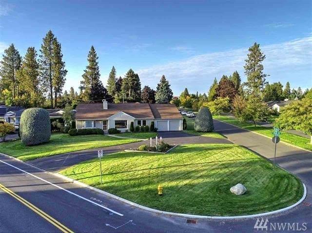 135 E High Dr, Spokane, WA 99203 (#1585088) :: Real Estate Solutions Group