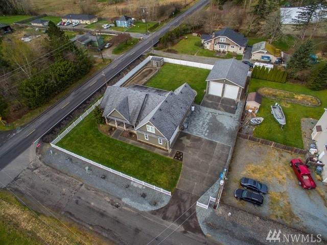 12712 40th Ave E, Tacoma, WA 98446 (#1585655) :: The Kendra Todd Group at Keller Williams