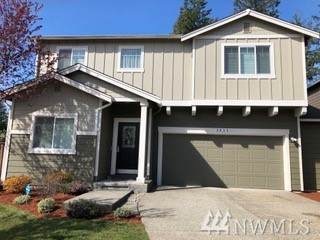 3032 Eagle Lp NE, Lacey, WA 98516 (#1586917) :: Real Estate Solutions Group