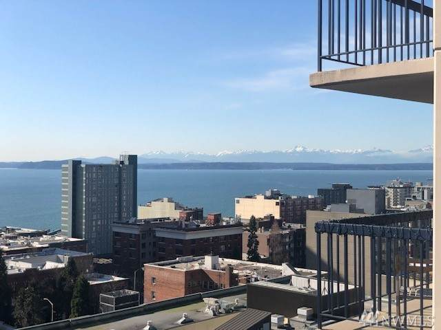 2100 3rd Ave #1401, Seattle, WA 98121 (#1587488) :: Real Estate Solutions Group