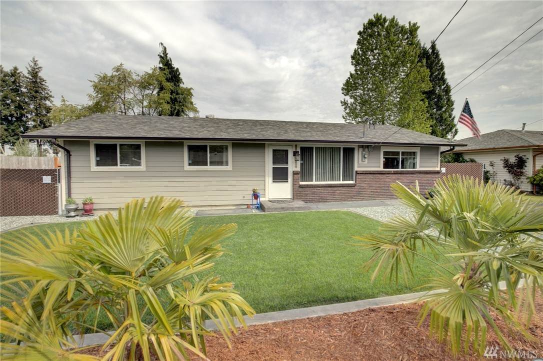 1325 12th Ave - Photo 1
