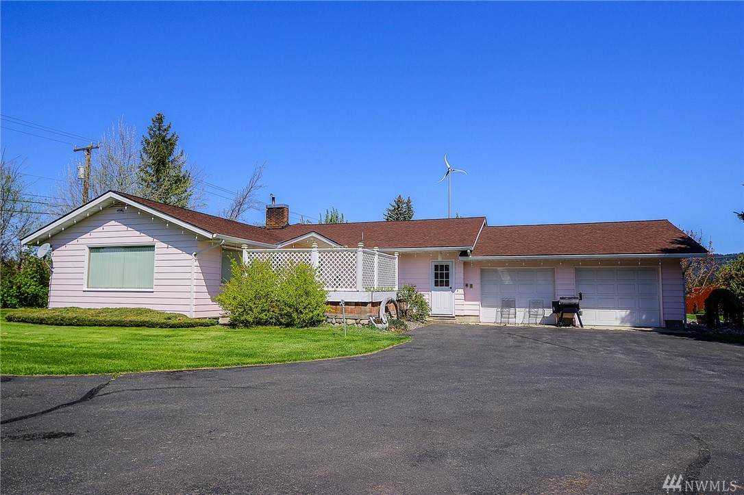 560 Upper Peoh Point Rd - Photo 1