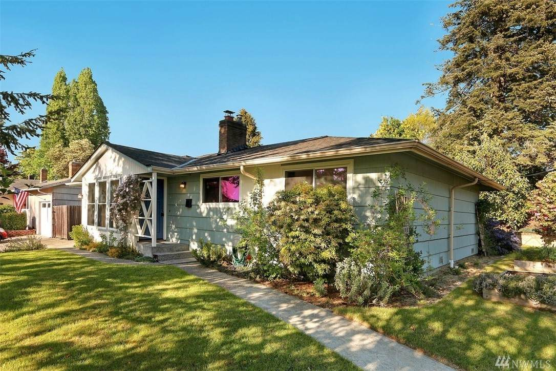 11536 29th Ave - Photo 1