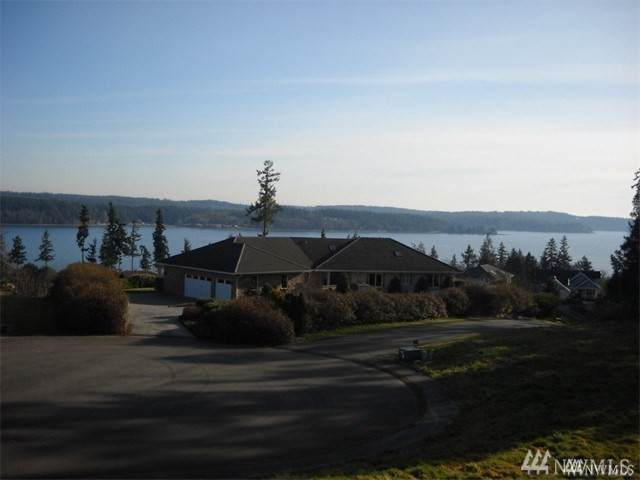 12608 101st Avenue Ct NW, Gig Harbor, WA 98329 (#1602053) :: Ben Kinney Real Estate Team