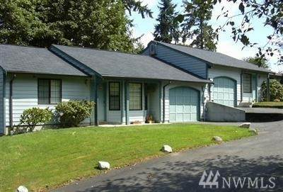 7909-7911 114th St Ct E, Puyallup, WA 98373 (#1605417) :: Engel & Völkers Federal Way