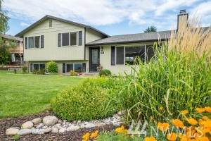 1404 Somerset Dr, Wenatchee, WA 98801 (#1607497) :: NW Homeseekers