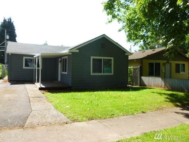 264 20th Ave, Longview, WA 98632 (#1609385) :: NW Homeseekers