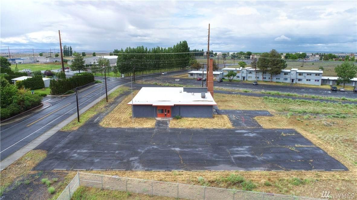 4306 Arnold Drive - Photo 1