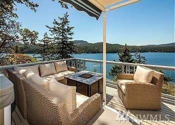 271 Shore Drive, Orcas Island, WA 98245 (#1621849) :: NW Home Experts