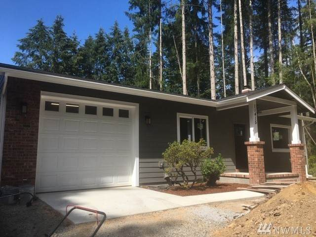 11415 Country Club Dr, Anderson Island, WA 98303 (#1623100) :: The Kendra Todd Group at Keller Williams