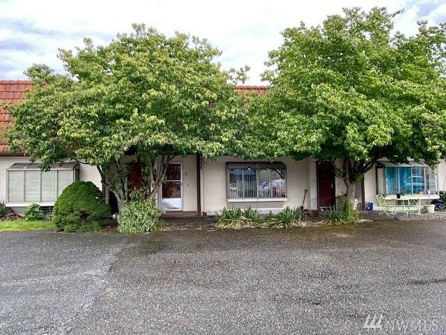 1004 Columbia Ave #8, Marysville, WA 98270 (#1627287) :: The Kendra Todd Group at Keller Williams