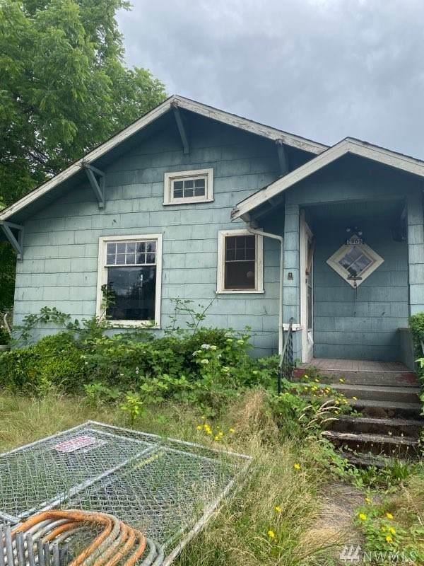 2905 B St SE, Auburn, WA 98002 (#1627623) :: KW North Seattle