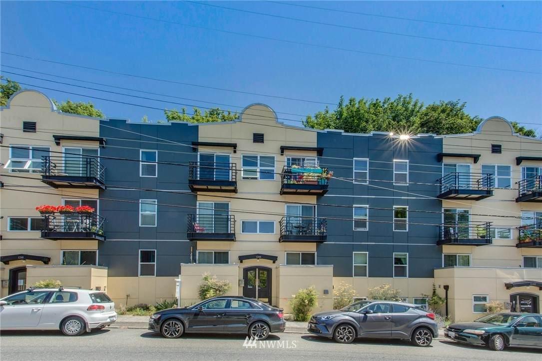 1306 Queen Anne Avenue - Photo 1