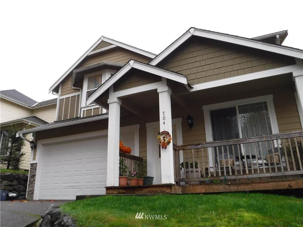 704 7th Avenue - Photo 1