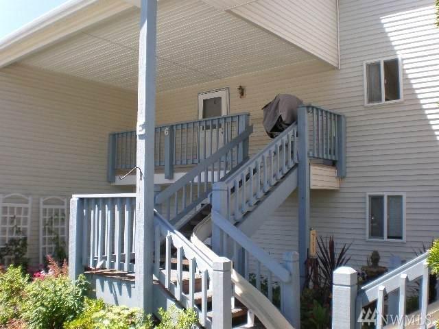 20617 28th Ave W E6, Lynnwood, WA 98036 (#1631890) :: Better Properties Lacey