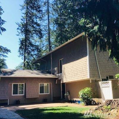 3608 70th Avenue NW, Gig Harbor, WA 98335 (#1636800) :: Hauer Home Team