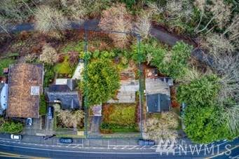 5614 SW Admiral Wy, Seattle, WA 98116 (#1637143) :: McAuley Homes