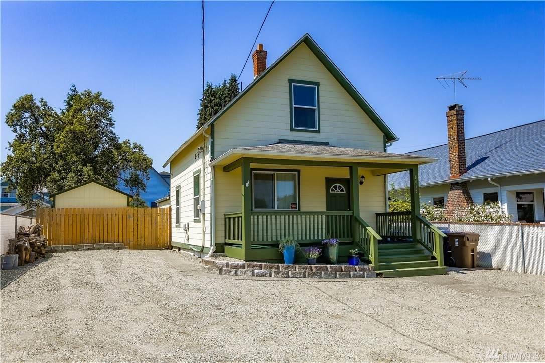 8418 Tacoma Avenue - Photo 1