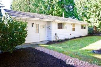 19901 SE 25th Place, Sammamish, WA 98075 (#1640064) :: Northern Key Team