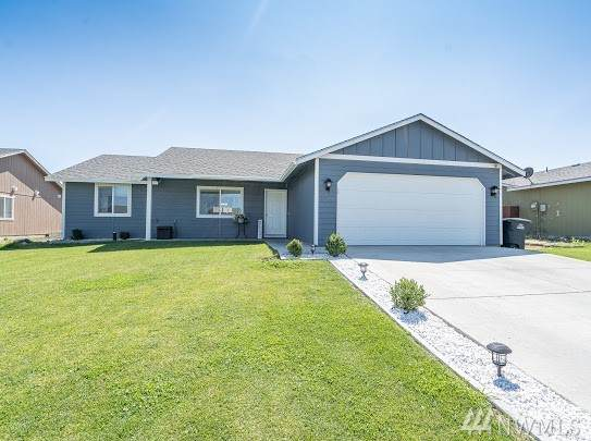 1305 W Electra, Moses Lake, WA 98837 (#1641034) :: Real Estate Solutions Group