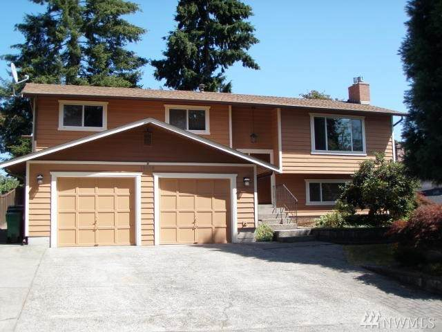 13508 131st Place NE, Kirkland, WA 98034 (#1643421) :: Keller Williams Western Realty