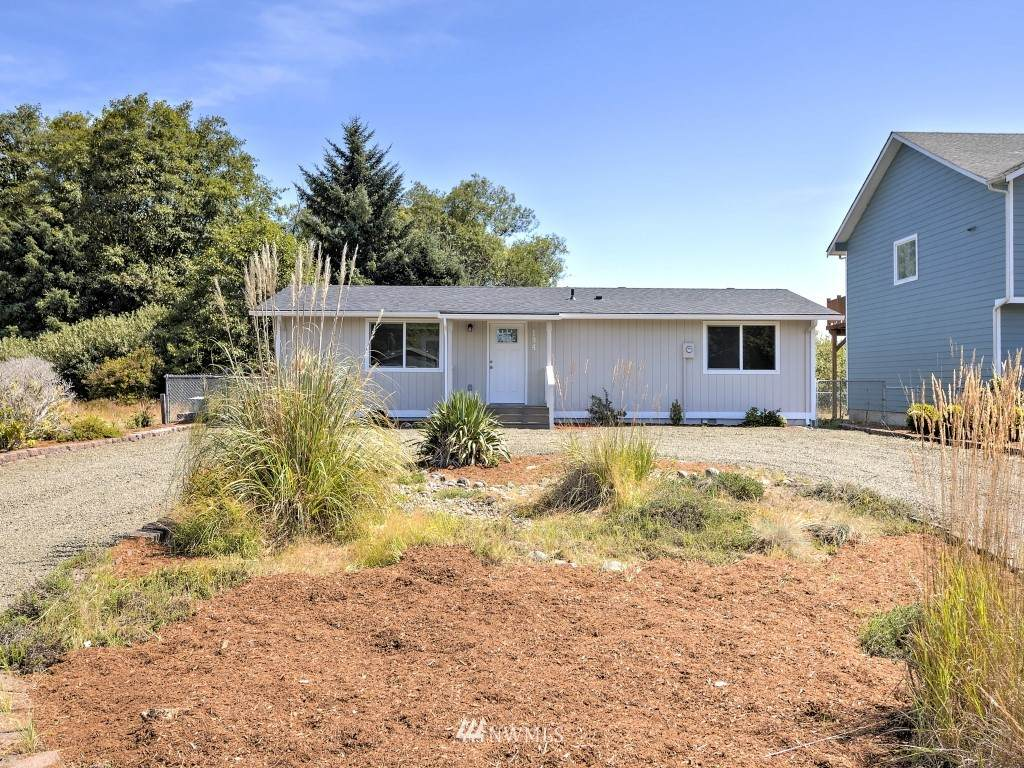 194 Olympic View Avenue - Photo 1