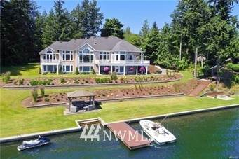 20717 Snag Island Drive E, Lake Tapps, WA 98391 (#1645077) :: Alchemy Real Estate