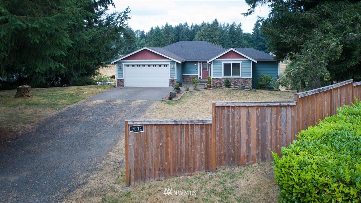 9014 Yelm Highway - Photo 1