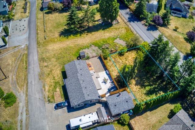 1411 1st Street, Port Townsend, WA 98368 (#1647226) :: McAuley Homes